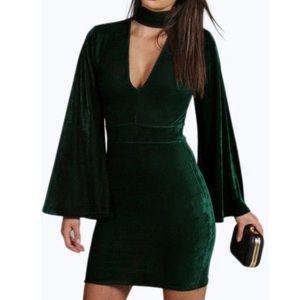 BEAUTIFUL EMERALD GREEN HOLIDAY DRESS! Size 8!